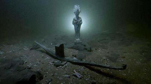 2,000-Year-Old Shipwrecks Found